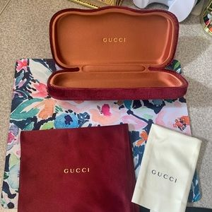 Gucci Case and Accessories ✨